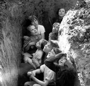 children_in_trench